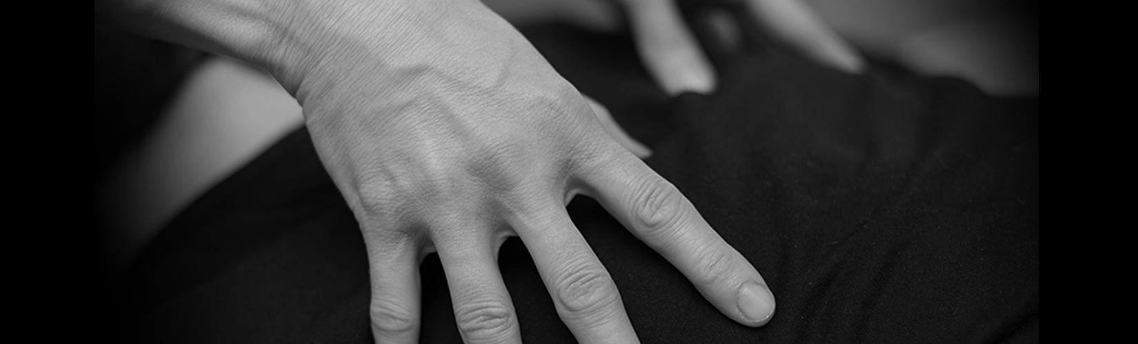 hand shiatsu acupressure