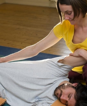 Shiatsu for Yogis – Could Shiatsu be your next journey into understanding the Energy Body?